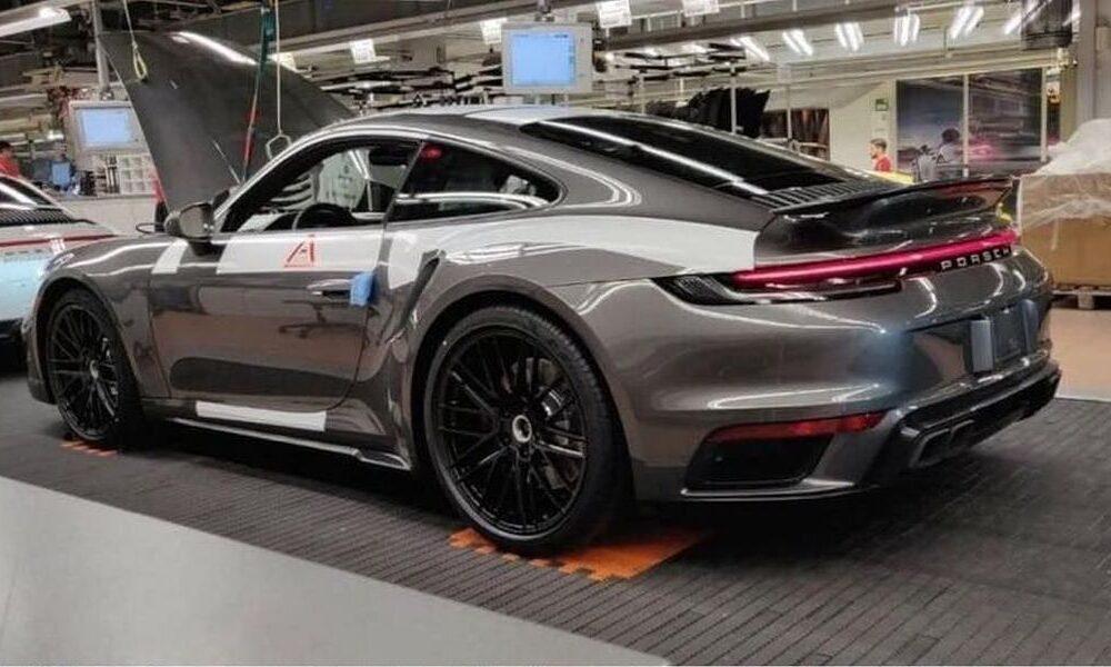 2020 Porsche 911 Turbo 992-leaked image