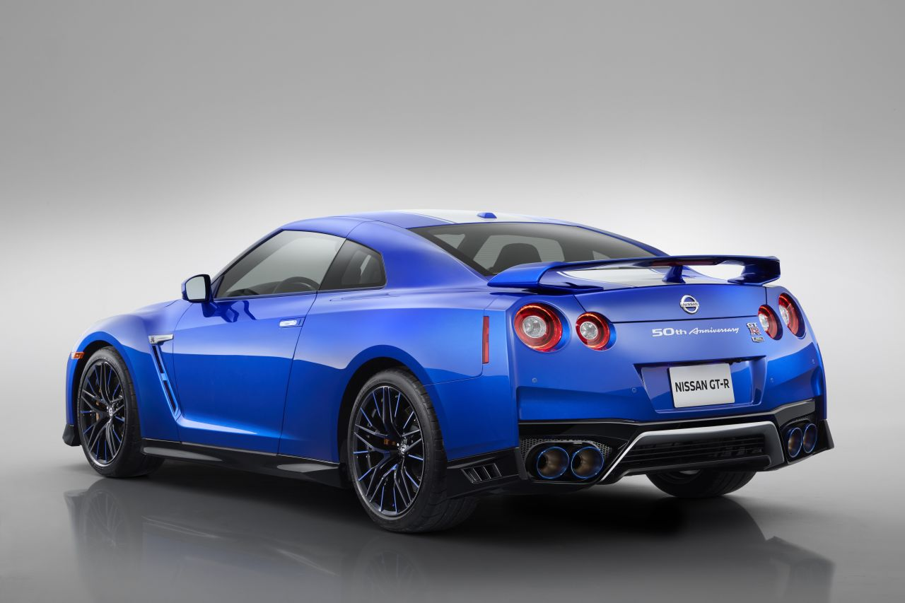 2020 Nissan GT-R 50th Anniversary Edition-2019 NY Auto Show-2