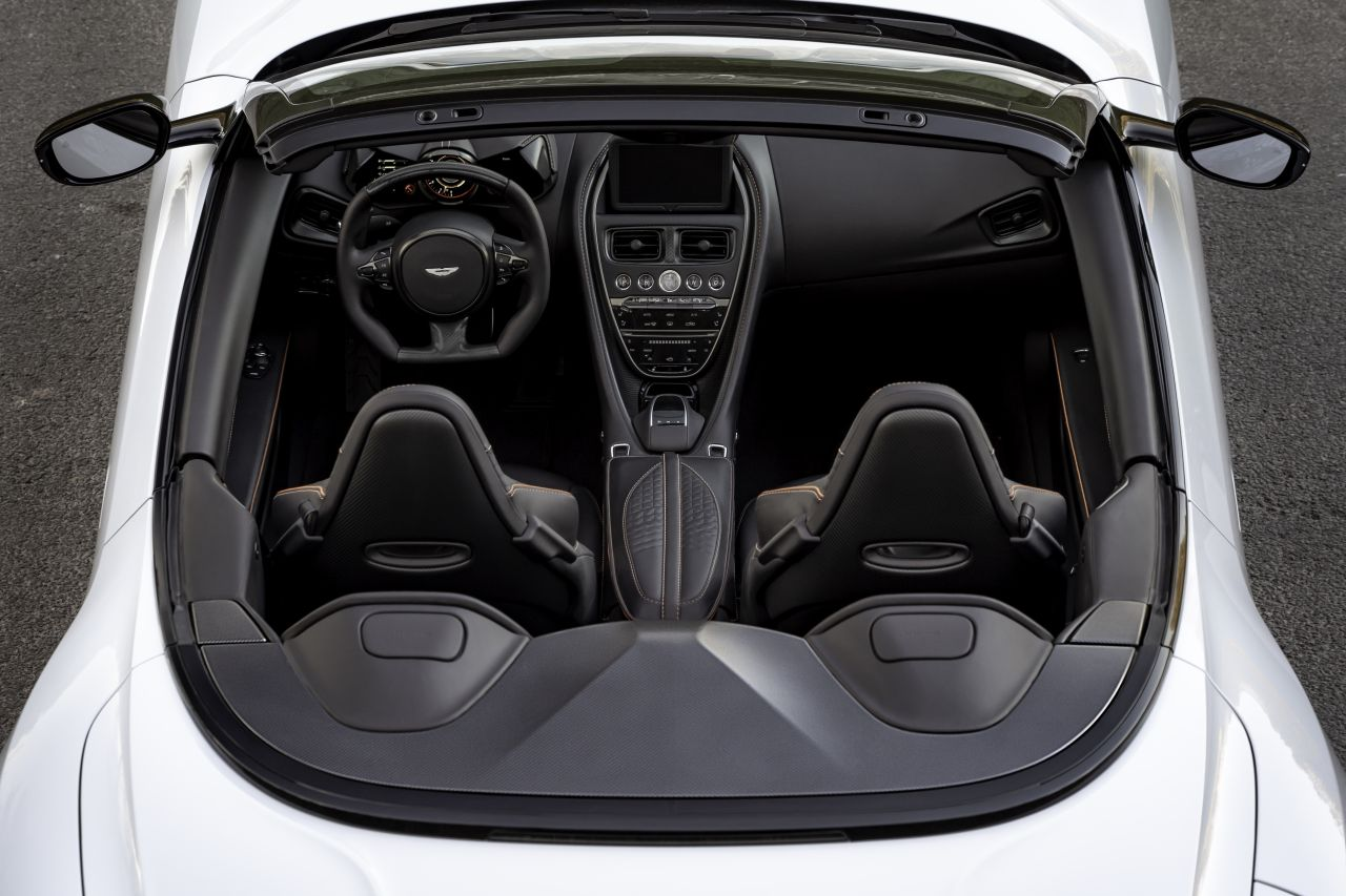 Aston Martin DBS Superleggera Volante-1
