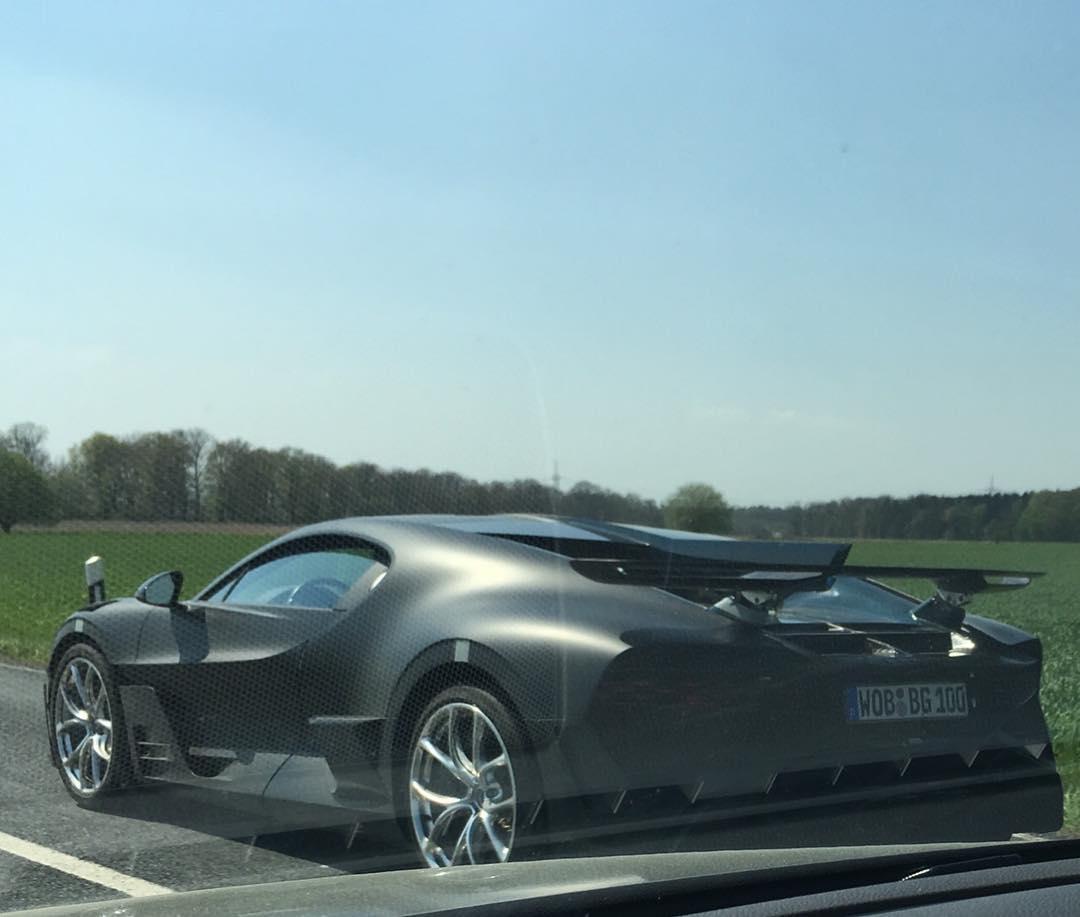 Bugatti Divo-prototype-testing-Germany-2