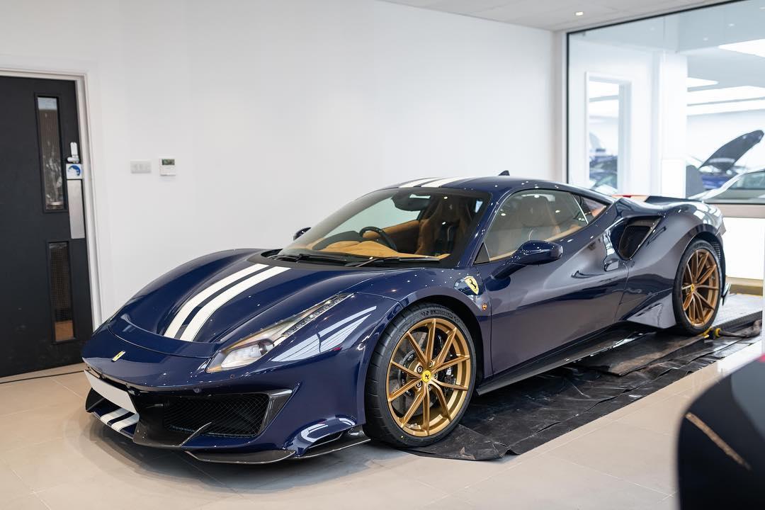 Ferrari 488 Pista-Blu-Scozia-Jay Kay-HR-Owen-London-1