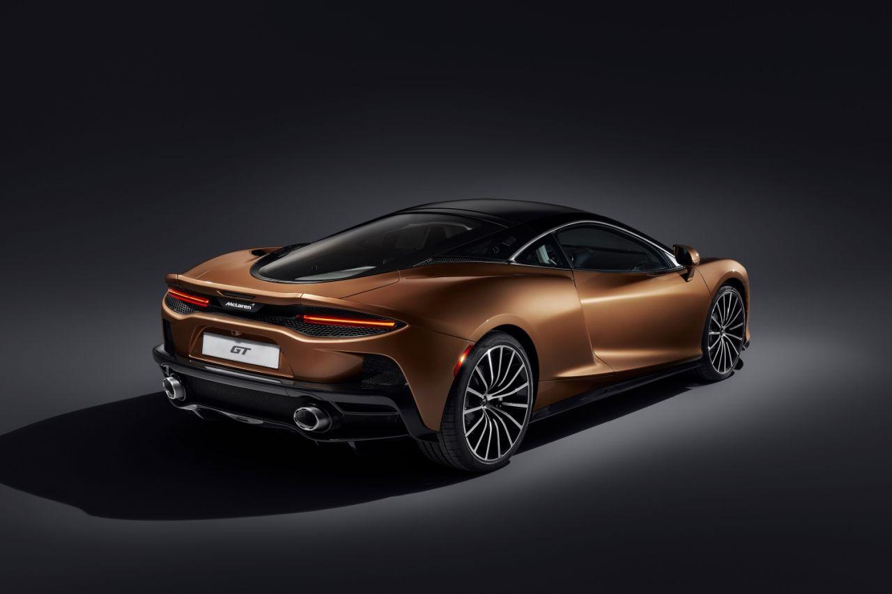 2020-McLaren GT-7
