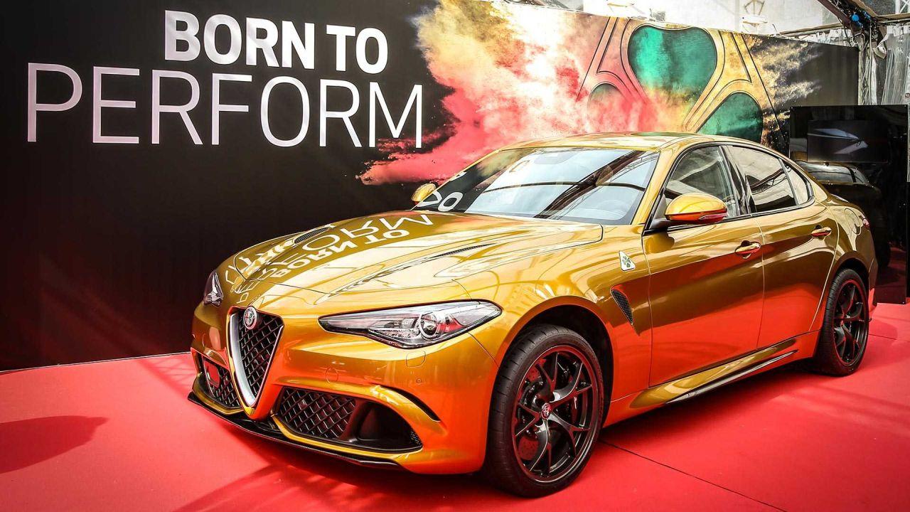 Gold Alfa Romeo Giulia Quadrifoglio-Mille Miglia-4