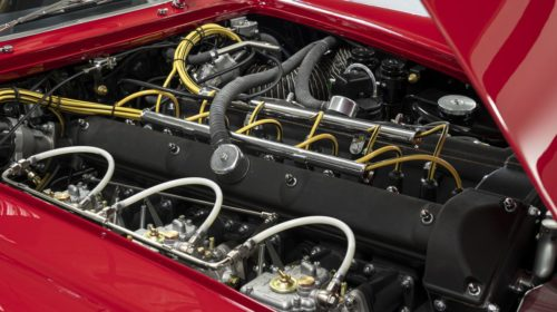 Aston_Martin_DB4_GT_Zagato_Continuation_16-jpg