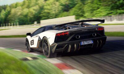 Lamborghini Aventador SVJ-White-Race Track