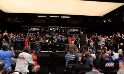 Last-ever-Chevrolet-Corvette-C7-auction-1