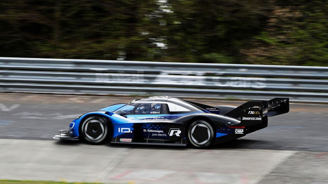 Volkswagen ID. R electric race car-Nurburgring EV lap record-2