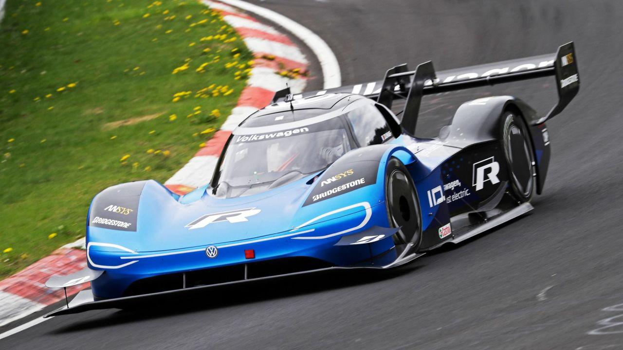 Volkswagen ID. R electric race car-Nurburgring EV lap record-3