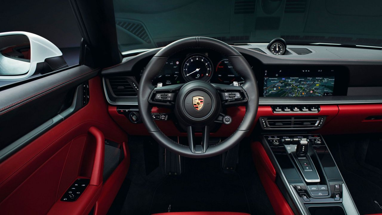 2019 Porsche 911 Carrera-Coupe-Cabriolet-4