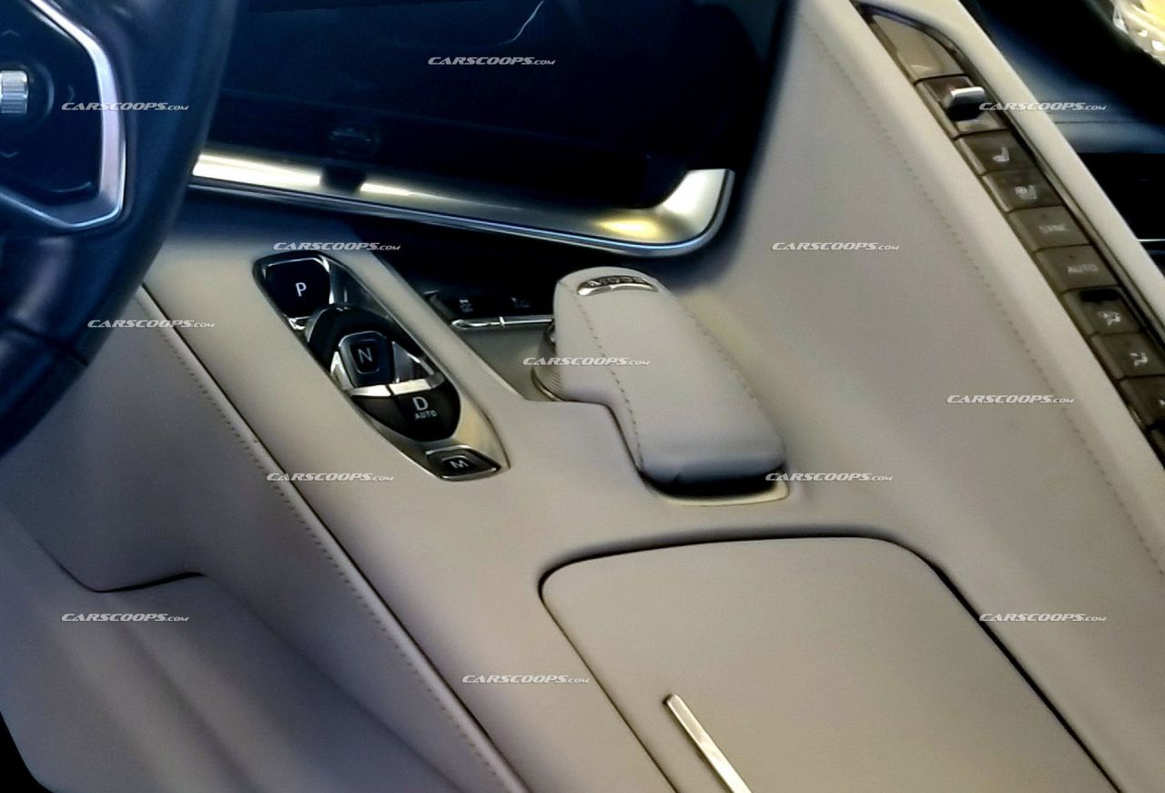 2020 Chevrolet Corvette C8-interior-dashboard-centre-console-2