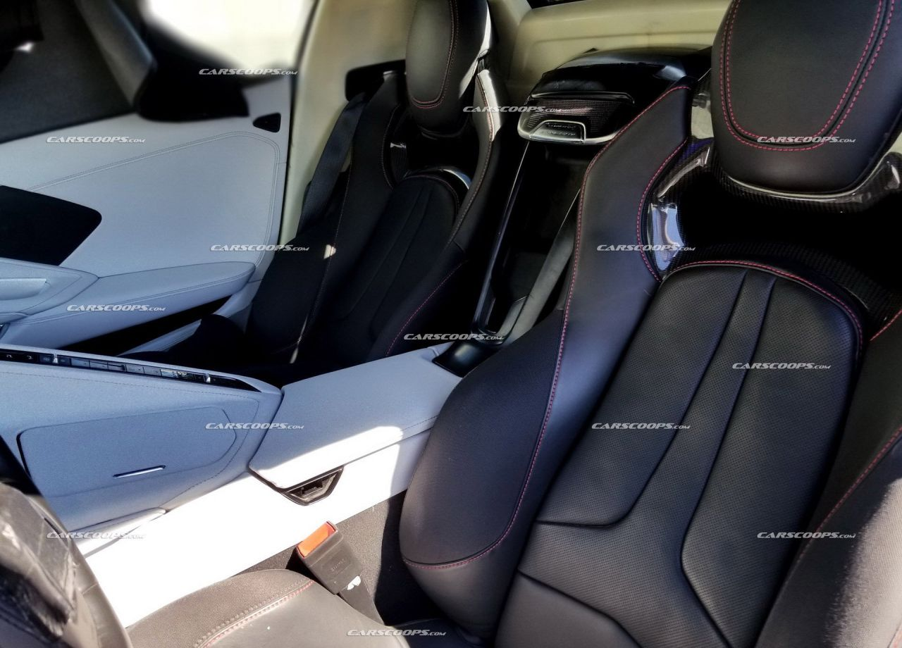 2020 Chevrolet Corvette C8-interior-dashboard-seats5