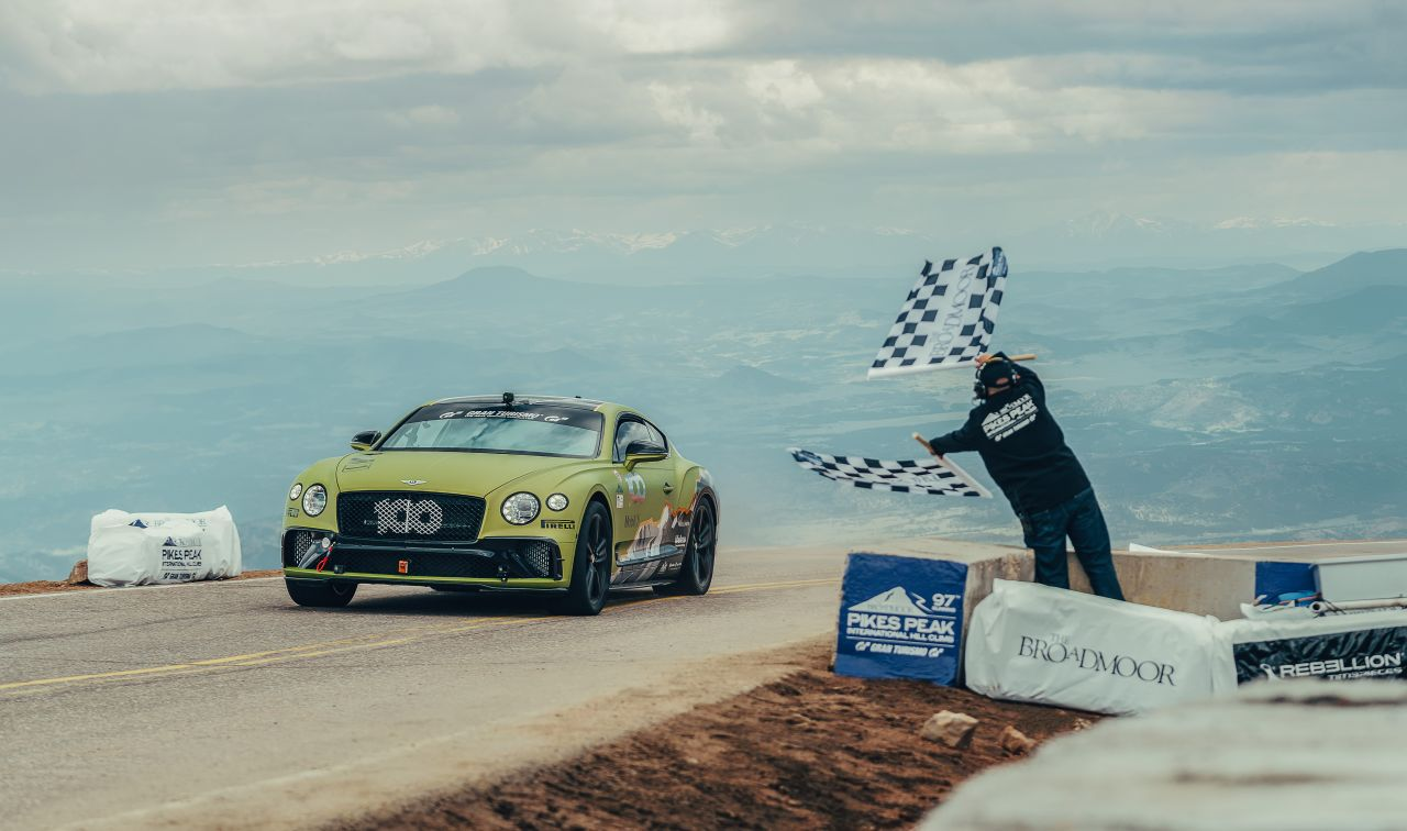Bentley Continental GT Breaks Record at Pikes Peak