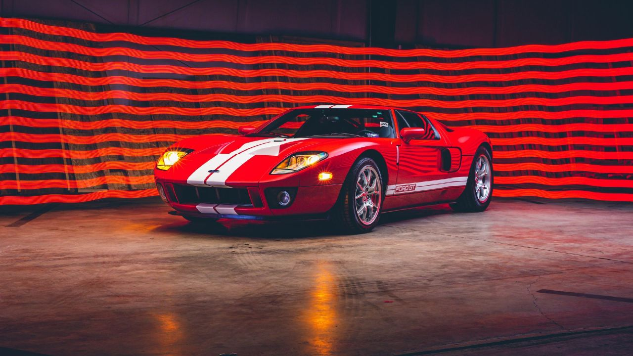 Low-miles-2006 Ford GT-RM Sothebys Auction-1