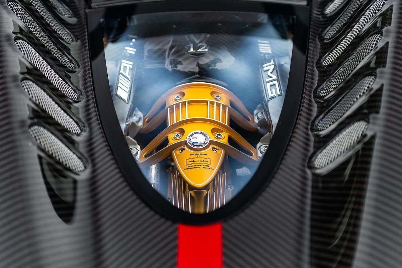 Pagani Huayra V12 engine