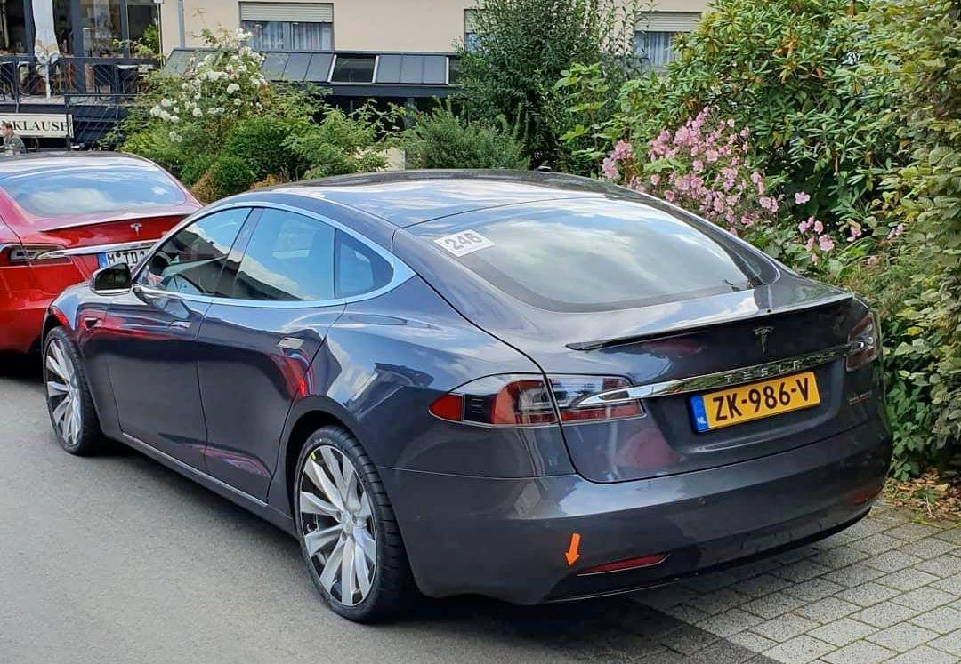 Tesla Model-S-Nurburgring