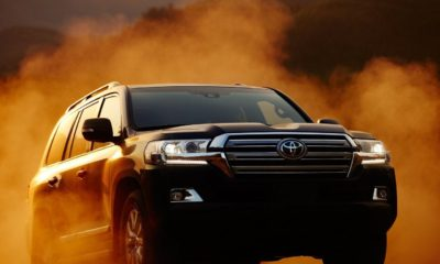 Toyota-Land_Cruiser-2016