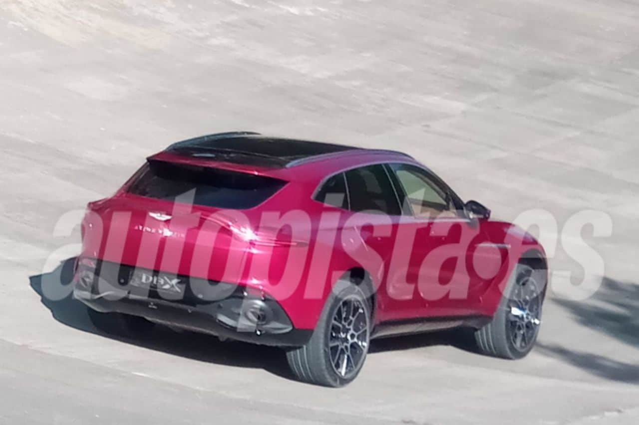 2020 Aston Martin DBX-leaked-spy-images-1