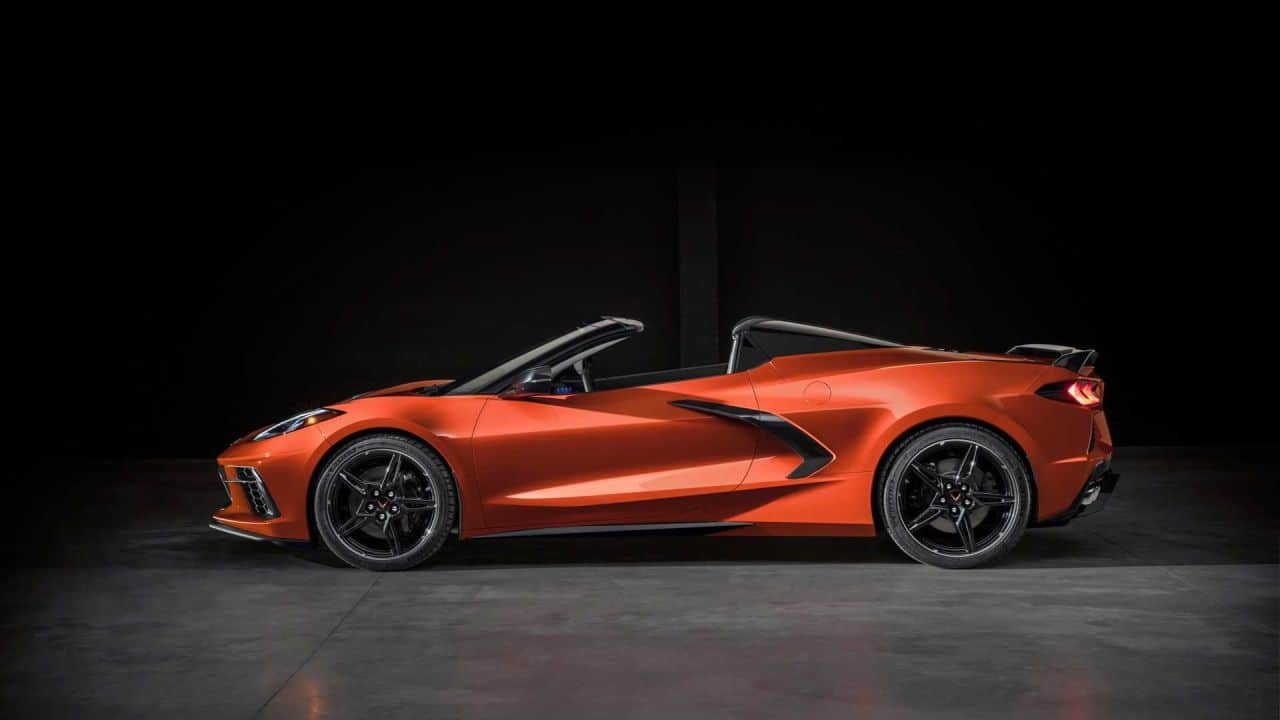 2020 Chevrolet Corvette C8 convertible-3