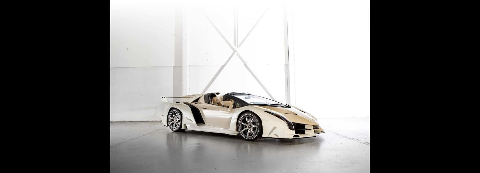 White-Lamborghini-Veneno-Roadster-3