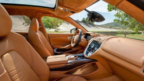Aston Martin DBX SUV-6