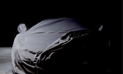 Bugatti Chiron-TeaseR-Geneva-2020