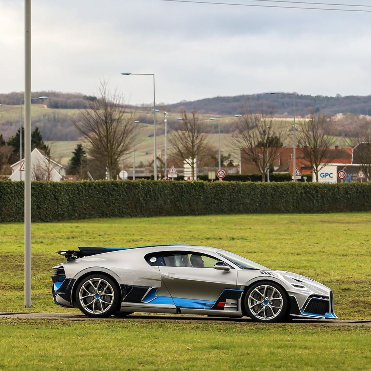 Bugatti Divo-Light Grey-1