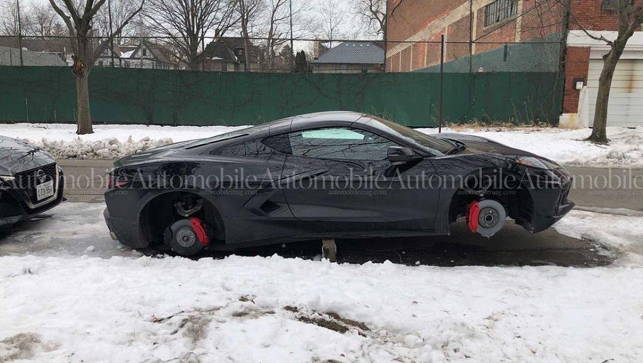 Chevrolet Corvette-C8-Wheels-Stolen-Detroit-2