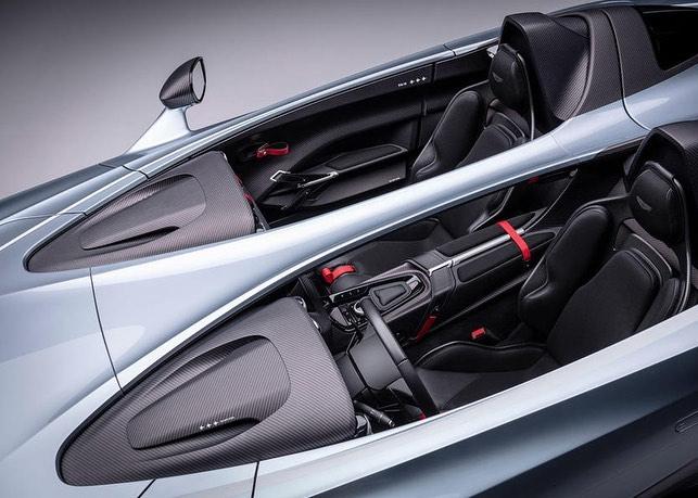 Aston Martin V12 Speedster-4