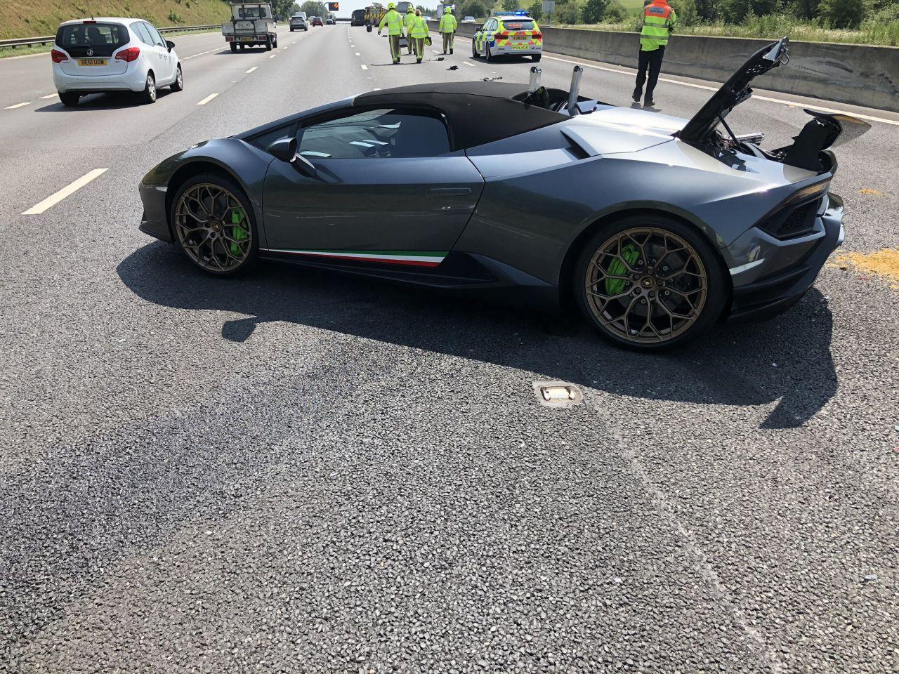 Lamborghini Huracan Performante Spyder-Crash-UK-2