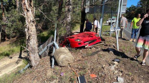 Ferrari F40-Australia-Crash-5