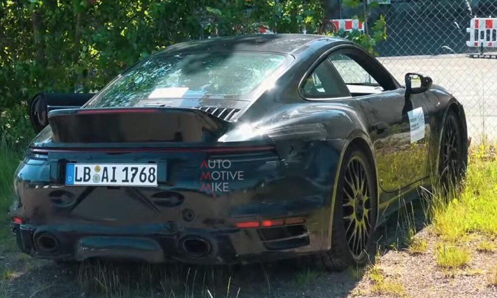 Porsche 911 Turbo-Ducktail spoiler