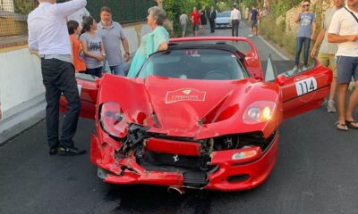 Ferrari F50-Cavalcade-2019-crash