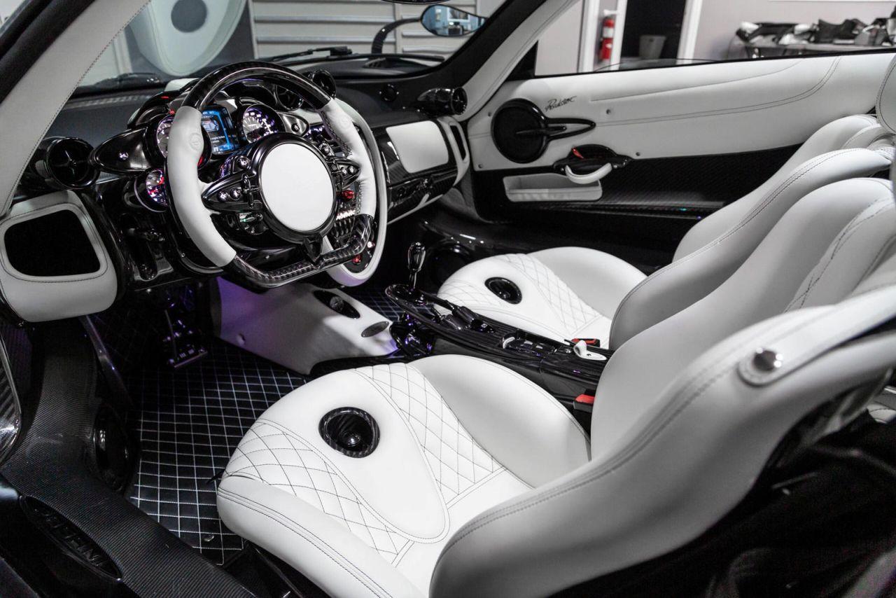 Matte Black Pagani Huayra Roadster-for-sale-3