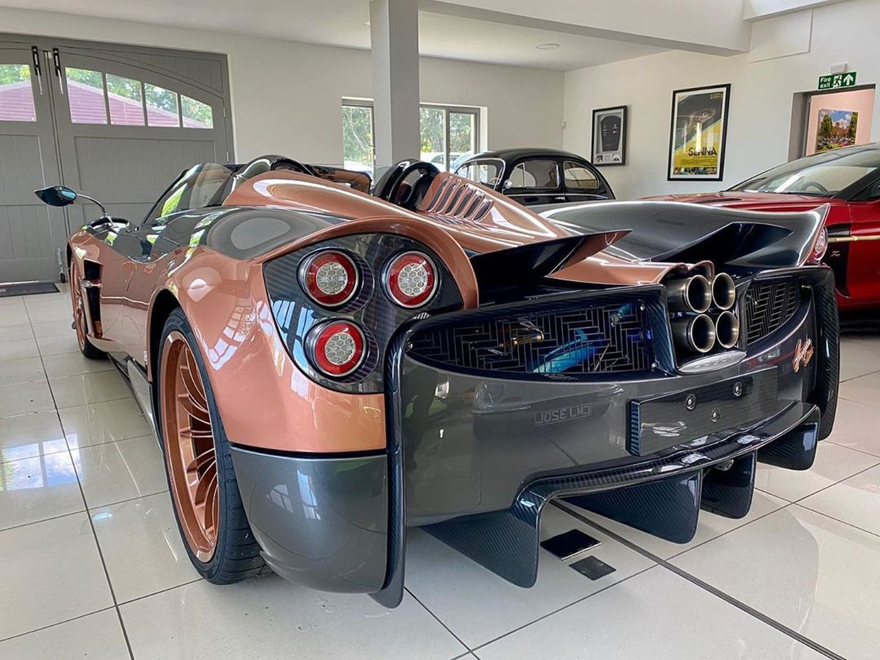 Kurota Copper Pagani Huayra Roadster-2