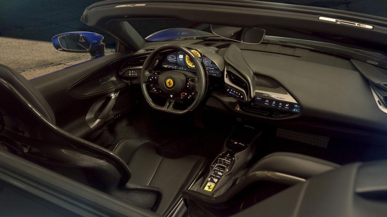 Ferrari SF90 Spider-4