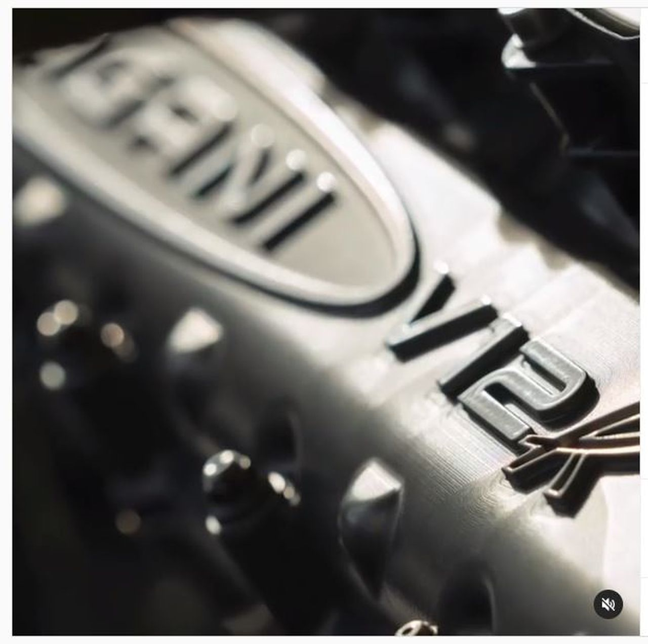 Pagani Fires Up The Huayra R S Screaming V12 Engine The Supercar Blog