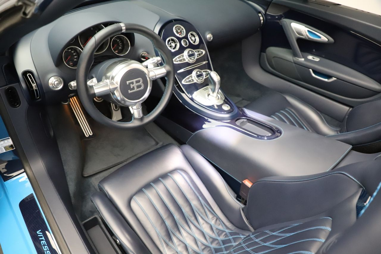 Used-2014-Bugatti-Veyron-164-Grand-Sport-Vitesse-4