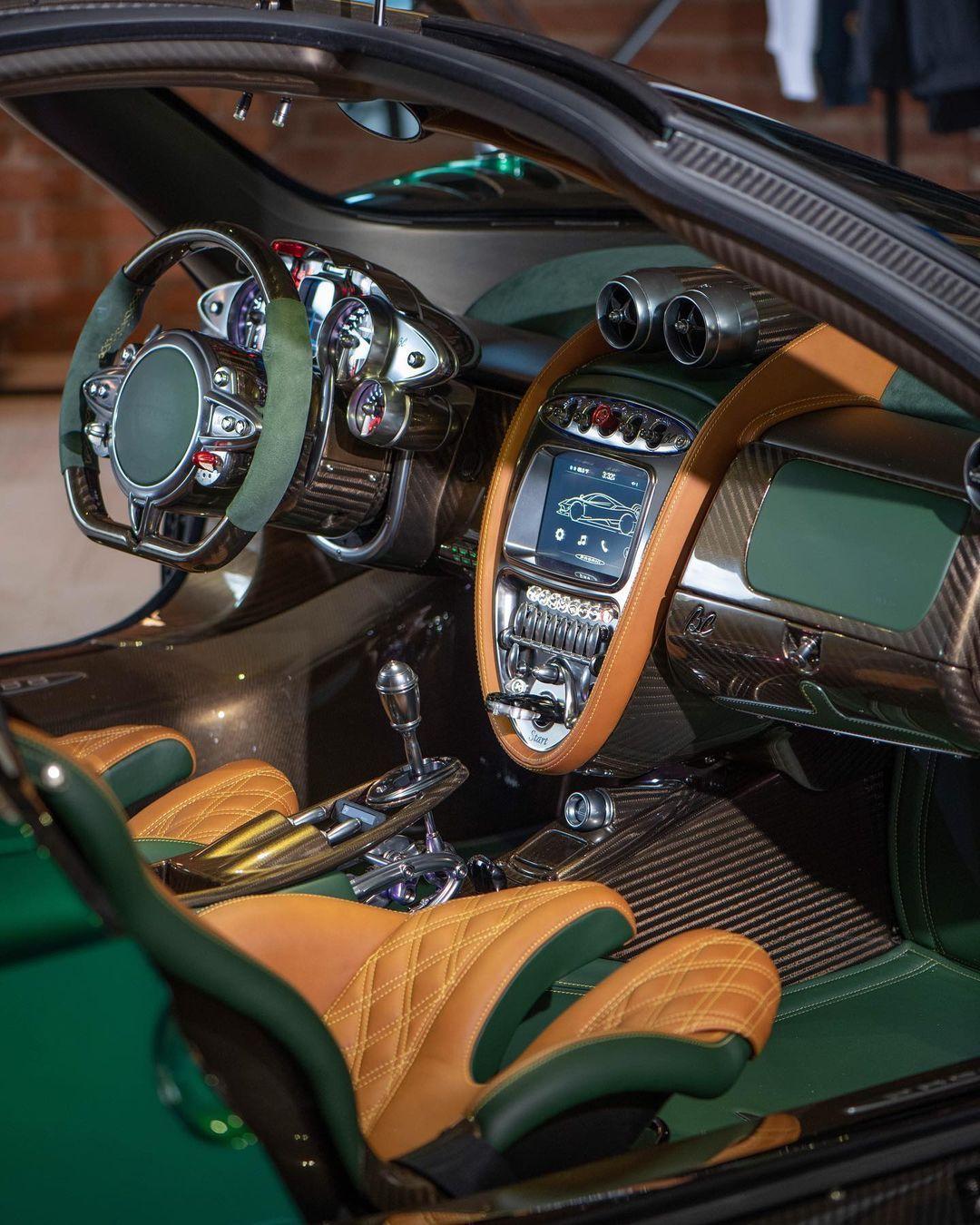 Verde McLaren Green-Pagani Huayra BC-for-sale-2