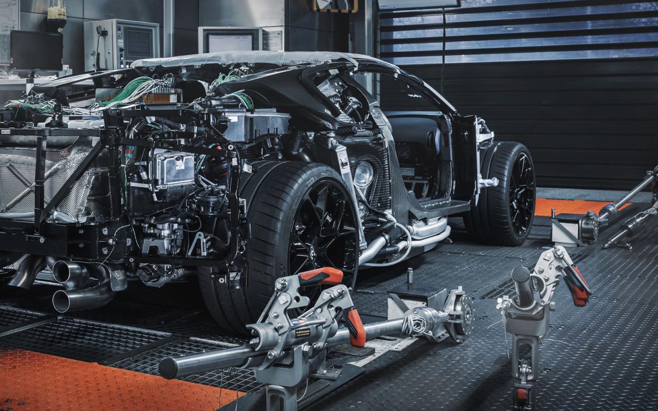 Bugatti Centodieci-prototype-3