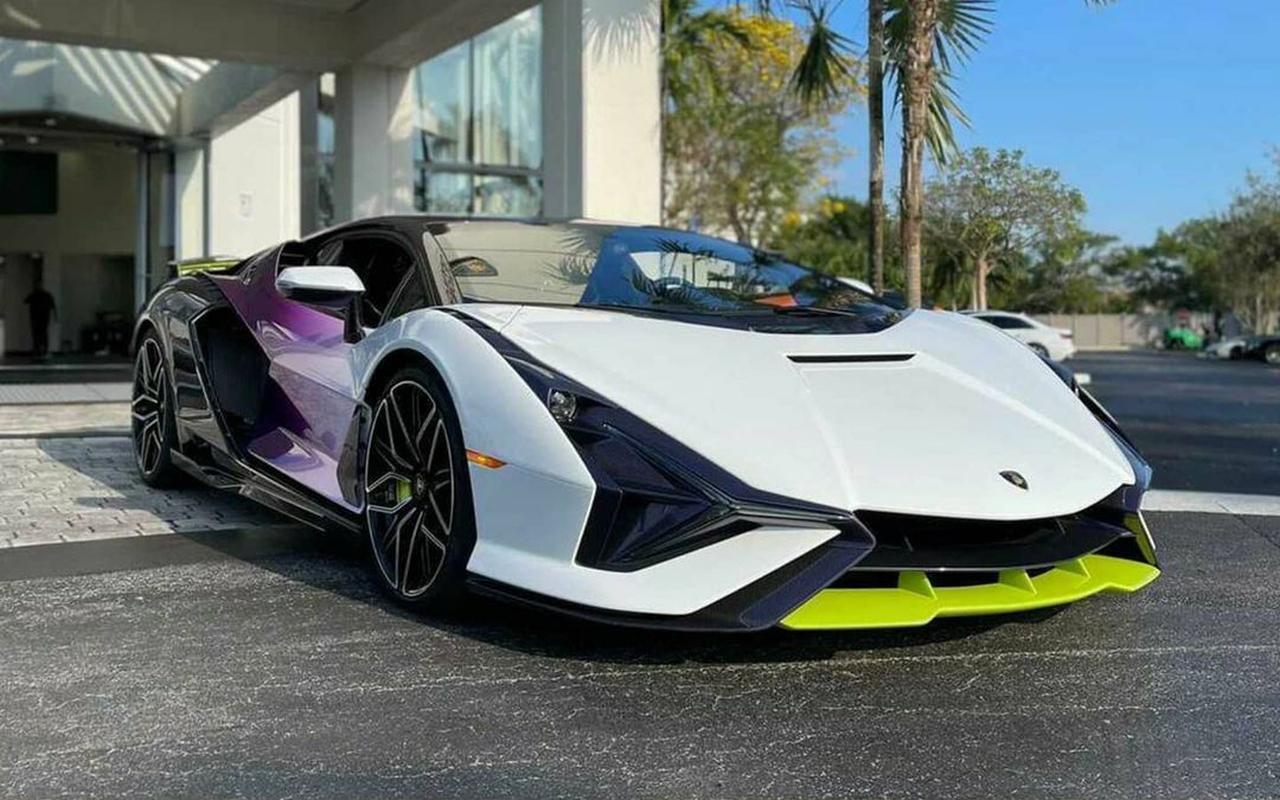 Lamborghini Sian-Florida-1
