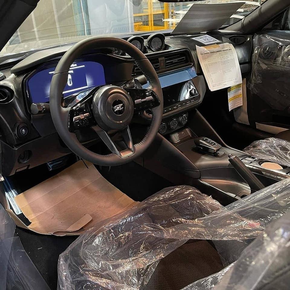 Nissan 400Z-Grey-Interior-Leaked-image-1