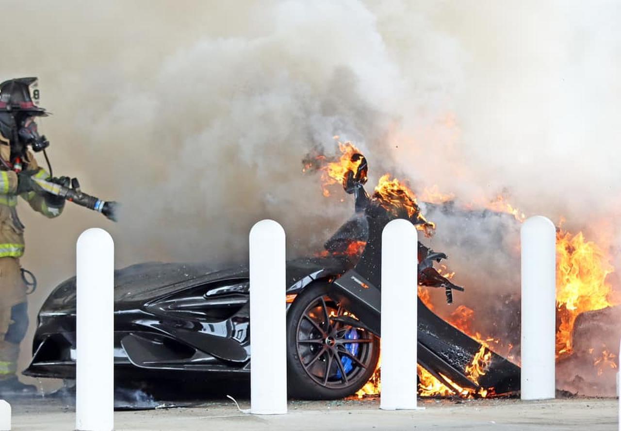 McLaren 765LT-Fire-USA-1