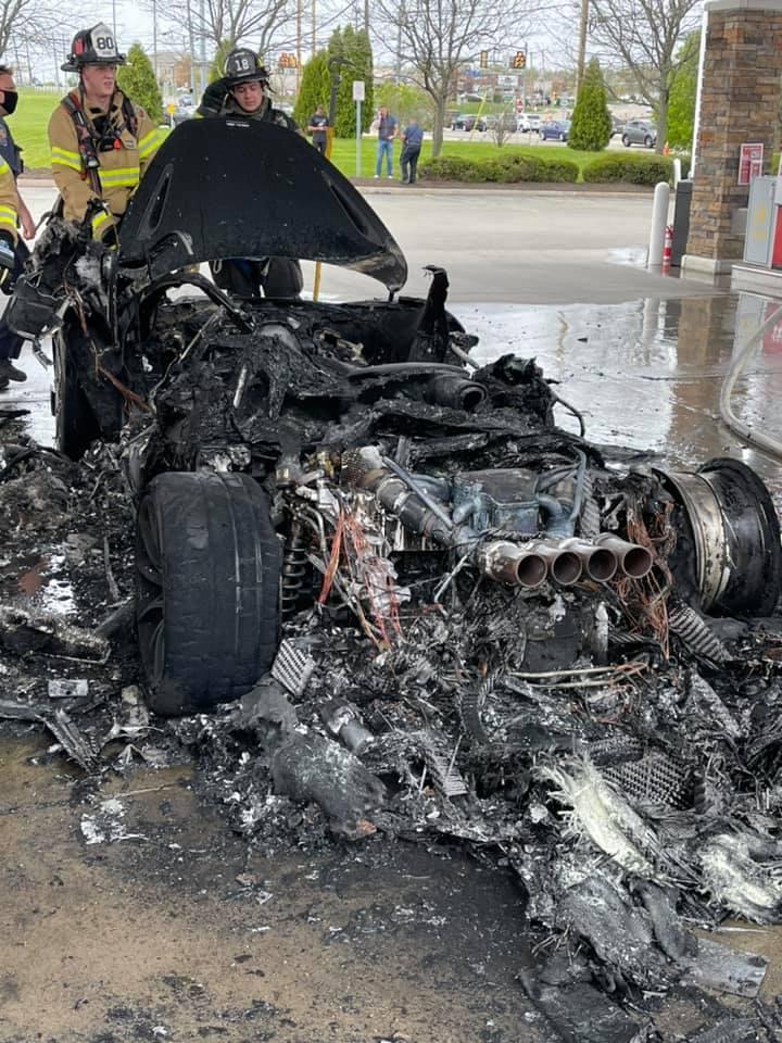 McLaren 765LT-Fire-USA-2