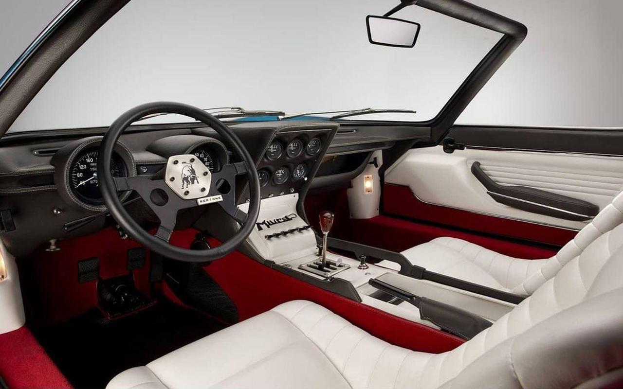 Lamborghini Miura Roadster-interior