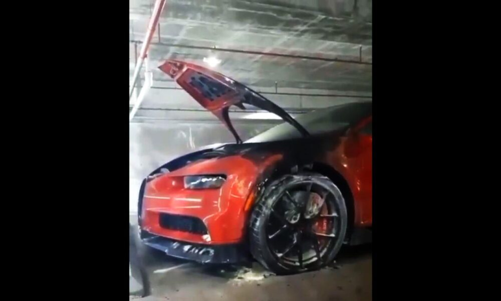 Bugatti Chiron-Fire-Miami