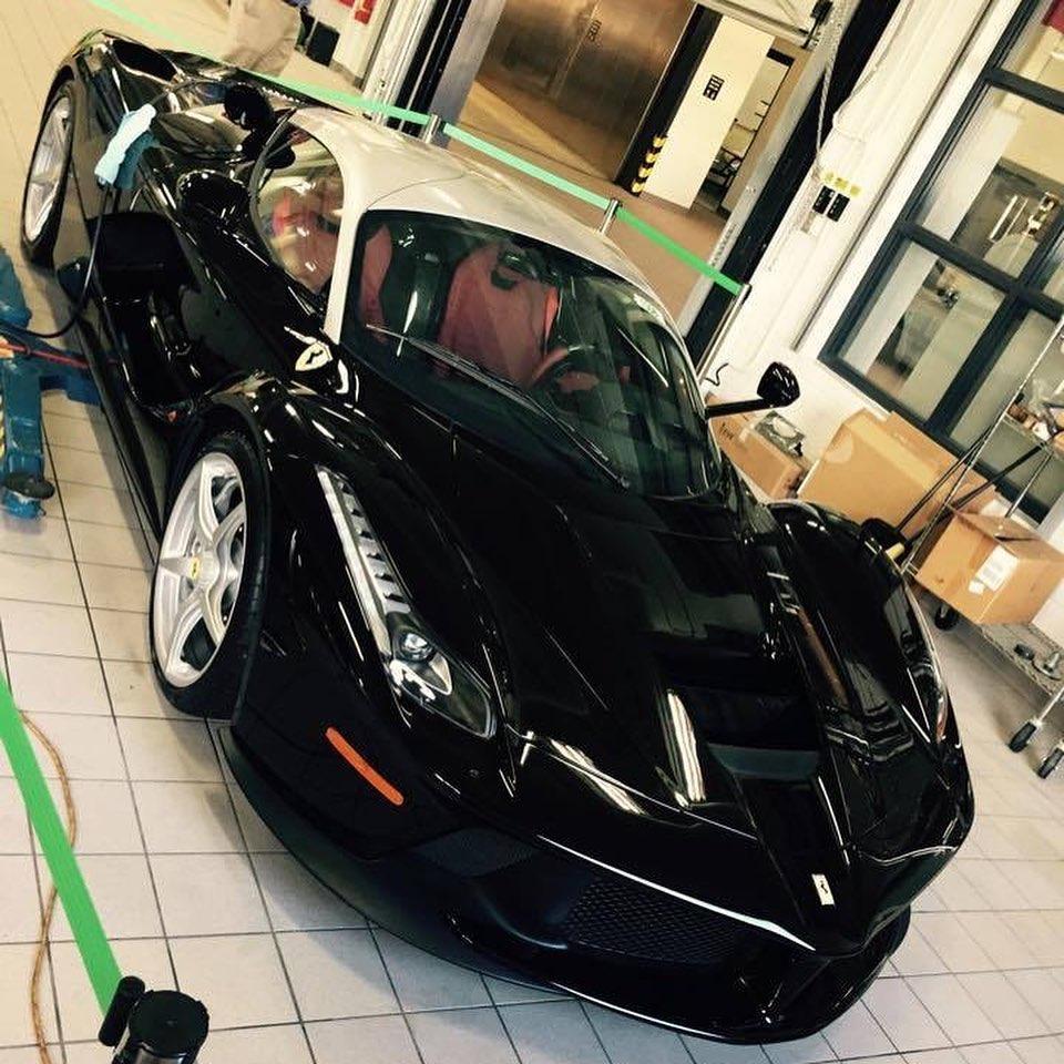 Ferrari LaFerrari-Black-Silver-Dual-tone-rare-2