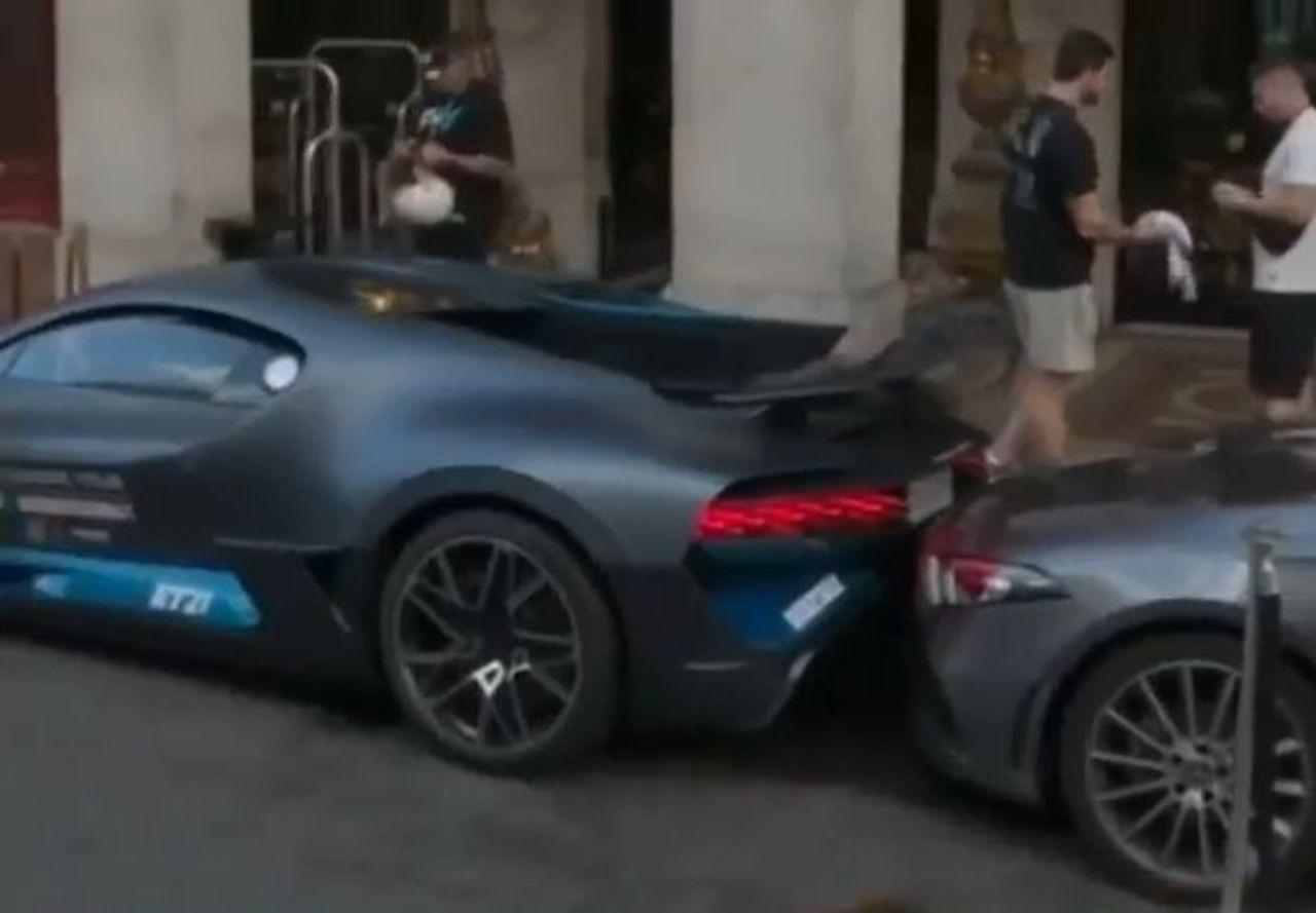 Bugatti Divo-crash-Paris